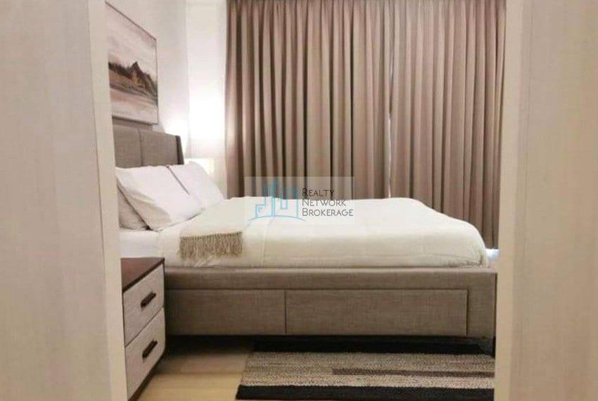 garden-2-bedroom-for-sale-in-32-sanson-rockwell-bedroom-side-view