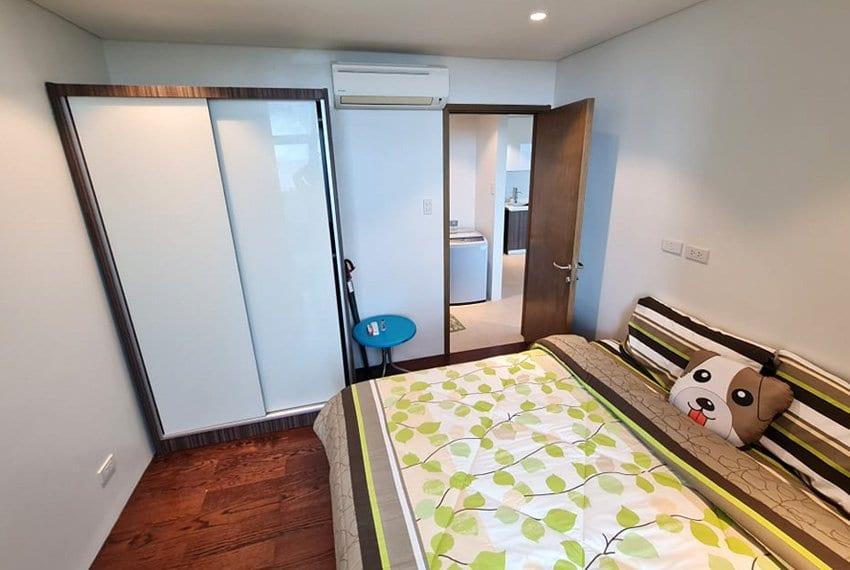tambuli-condo-mactan-bedroom-angle-view-1br