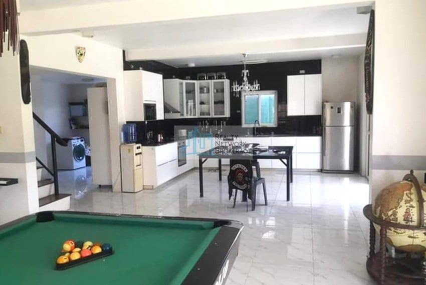 2367-sqm-pajac-lapu-lapu-house-and-lot-for-sale-kitchen