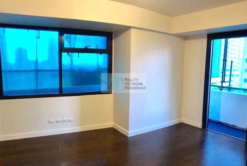 alcoves-1-bedroom-corner-unit-for-sale-corner