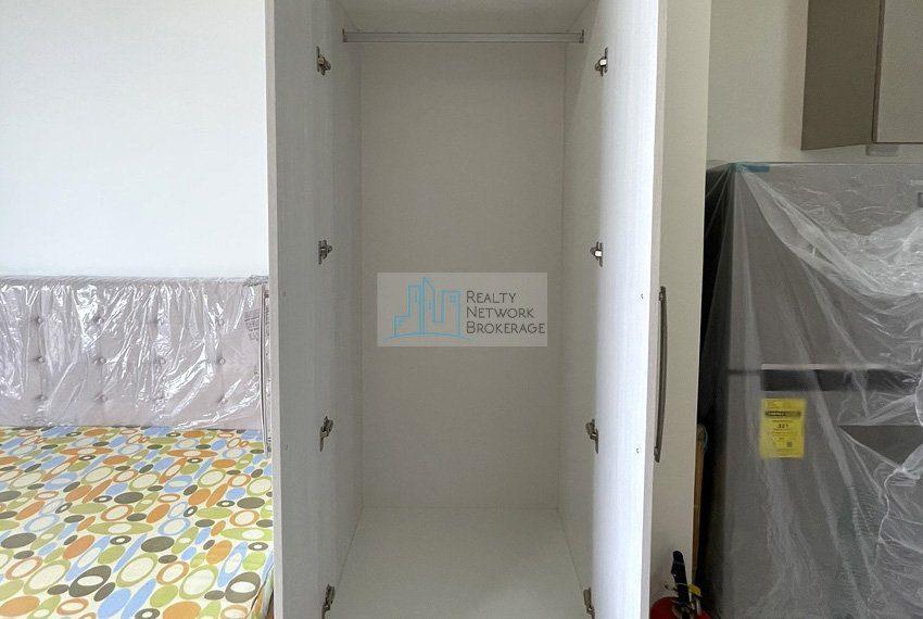studio-unit-for-sale-in-32-sanson-rockwell-cabinet
