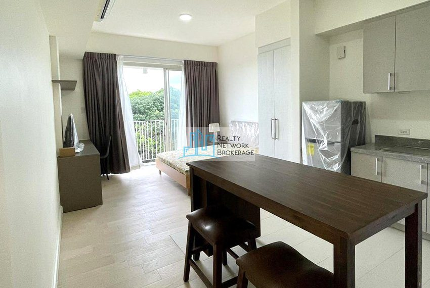 studio-unit-for-sale-in-32-sanson-rockwell-kitchen-view