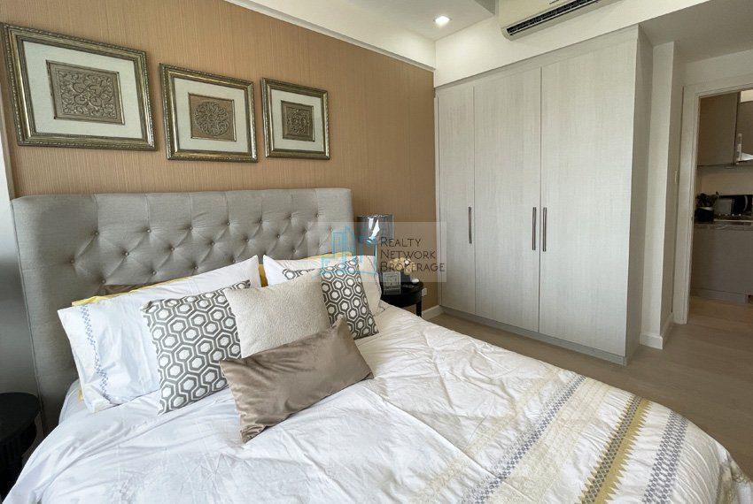 1-bedroom-for-rent-in-32-sanson-cebu-bedroom-02