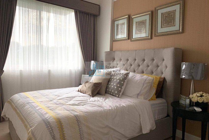 1-bedroom-parkpoint-for-sale-in-cebu-business-park-bedroom