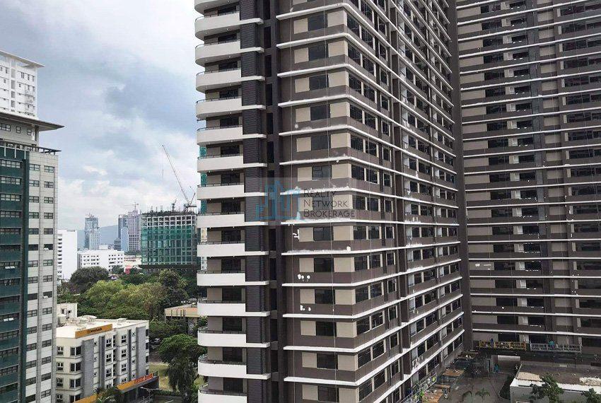1-bedroom-parkpoint-for-sale-in-cebu-business-park-building